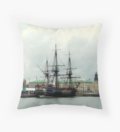 "The City of Gothenburg & East Indiaman ""Götheborg"" Throw Pillow"