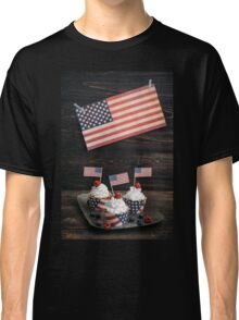 Independence day cupcakes Classic T-Shirt