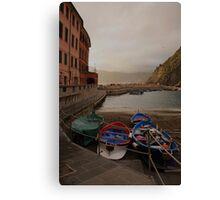 Vernazza harbor Canvas Print