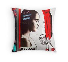 Little Red Ridinghood Spotted Latenite Tagging Throw Pillow