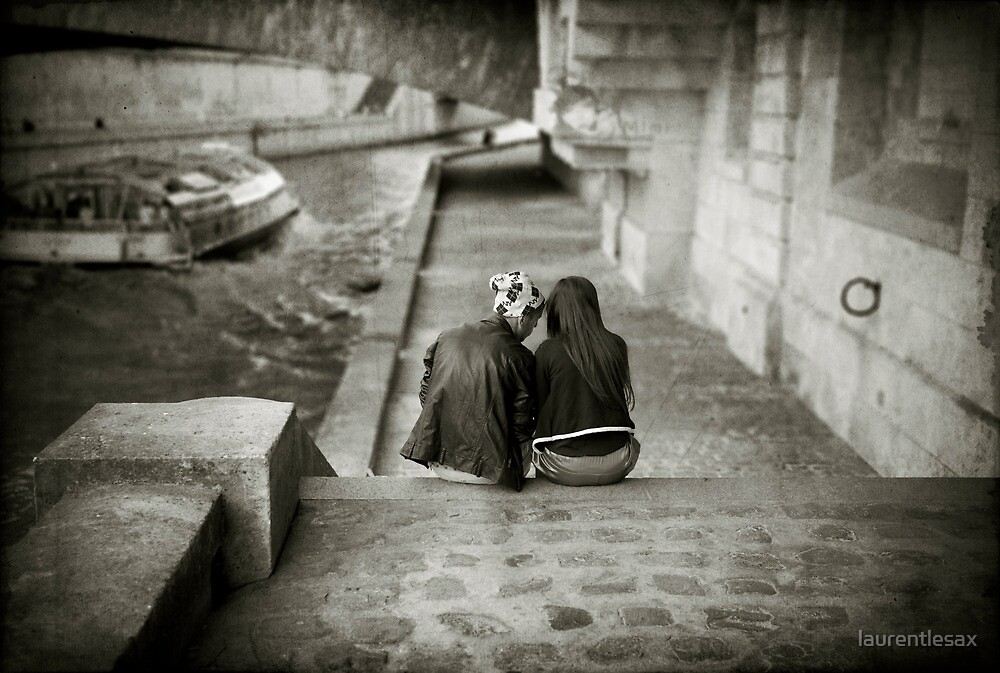 Lovers by the Seine by Laurent Hunziker