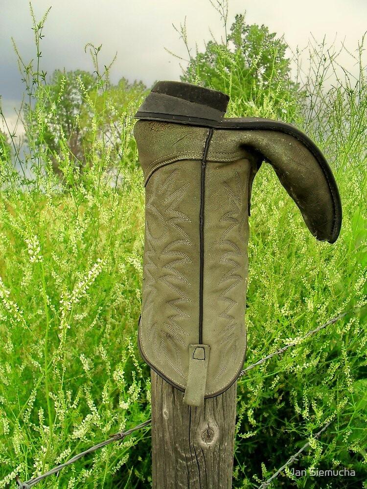 Redneck Boot Dryer !! by Jan Siemucha