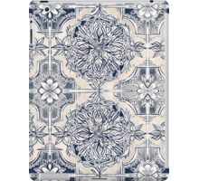 Brush and Ink Watercolor Pattern in Indigo and Cream iPad Case/Skin