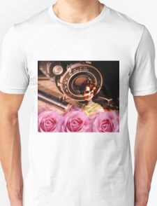 Unique vintage woman with roses and vintage camera design Unisex T-Shirt