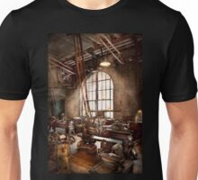 Machinist - I like big tools Unisex T-Shirt