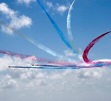 Red Arrows aerobatic display team by steveball