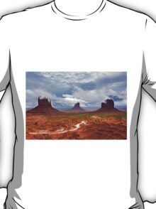 Storm clouds clear over Monument Valley T-Shirt