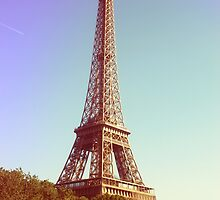 Tour Eiffel I by Claire Elford