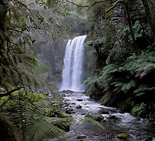 Hopetoun Waterfall 2 by mosaicavenues