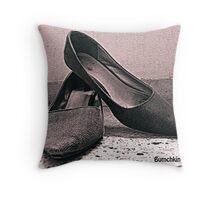 Stylish pleasure! Throw Pillow