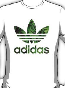 High adidas T-Shirt