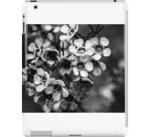 BW flowers iPad Case/Skin