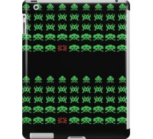 Space Invaders pattern iPad Case/Skin