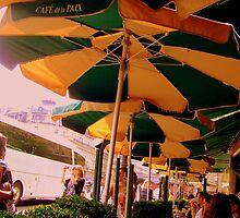 La Cafe de la Paix by Rusty  Gladdish