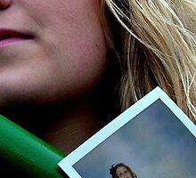 polaroid face 2 by Amberinio