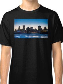 Montreal city skyline Classic T-Shirt