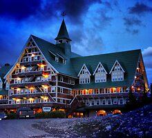Prince of Wales Hotel, Alberta by Vickie Emms