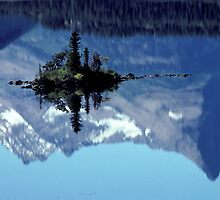 The Island and the upside-down mountain by Bertspix1