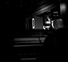Man in the mirror by kuzette