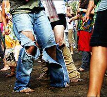 Dancing Feets //  Akasha 2007 by OZDOOF