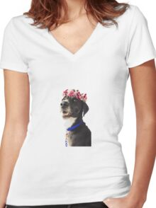 Wicker with a crown Women's Fitted V-Neck T-Shirt