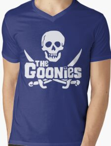 THE GOONIES Mens V-Neck T-Shirt