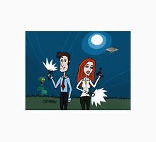 ZEEK ... The Martian Geek sneaks past Mulder to meet Scully T-Shirt