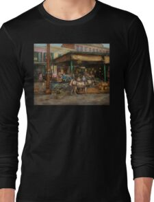 City - New Orleans LA - Frankie and the boys 1910 Long Sleeve T-Shirt