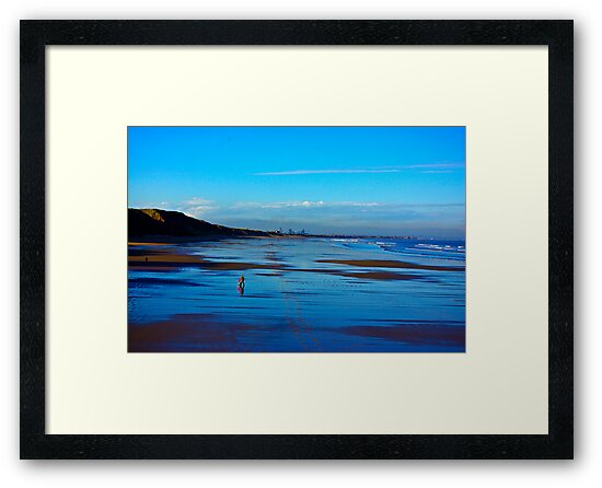 Strolling on the Beach - Saltburn by Trevor Kersley