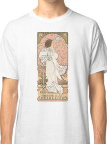Leia Nouveau Classic T-Shirt