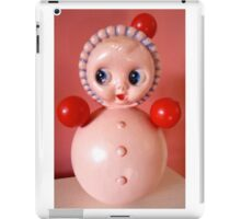 VINTAGE DOLLY iPad Case/Skin