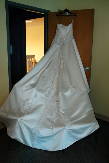 Wedding Dress by Vonnie Murfin