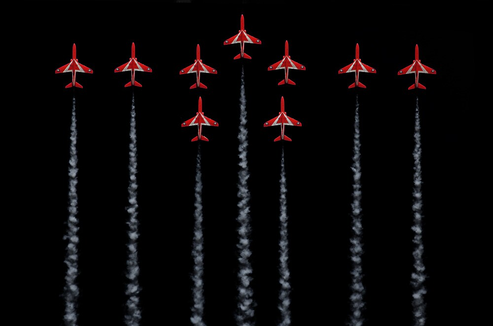 Red Arrows - RAF by SNAPPYDAVE
