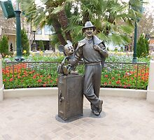 """Storytellers"" Walt Disney and Mickey Statue - Disney California Adventure by Tomreagan"