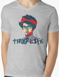 It Crowd Inspired - Moss & the Thug Life - Nerd Goes Gangsta - Flippin Awesome Moss Mens V-Neck T-Shirt