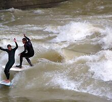 Surfing on the Isar  by Kasia-D