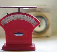 Retro Kitchen Scales by Kate Mularczyk