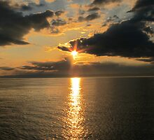 Sun Set on Lake Superior by Rochelle Smith