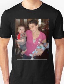 amber n the babies T-Shirt
