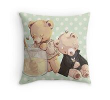 honey bees and holmes bears Throw Pillow