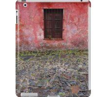 Old window in Colonia del Sacramento, Uruguay iPad Case/Skin