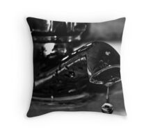 THE DYING PEARL Throw Pillow