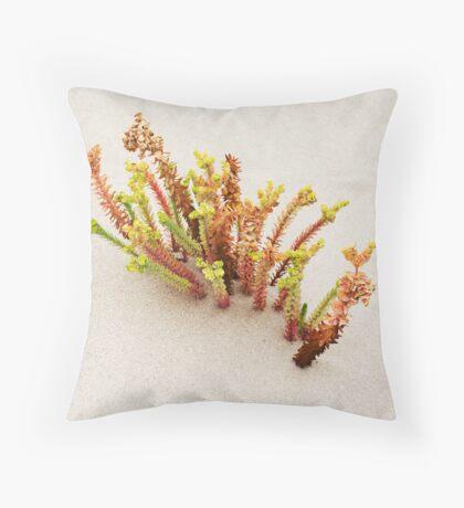 dune flora Throw Pillow