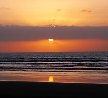 Sunset at Ninety Mile Beach by Tanya Rossi