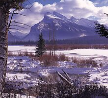 Vermillion Lake Winter by Graeme Wallace
