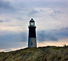 Spurn Head Lighthouse. by Trevor Kersley