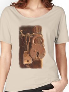 Old Rusty Shearing Shed Lock Women's Relaxed Fit T-Shirt