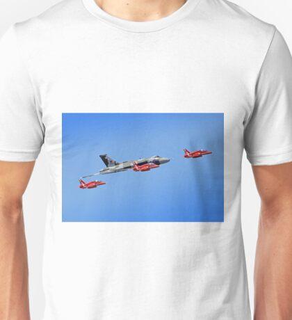 Final Vulcan flight with the Red Arrows - 11 Unisex T-Shirt