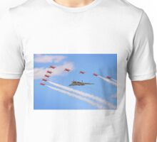 Final Vulcan Flight with The Red Arrows -  9 Unisex T-Shirt