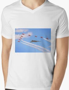 Final Vulcan Flight with The Red Arrows -  9 Mens V-Neck T-Shirt